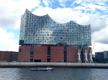 ハンブルクの港の風景 4